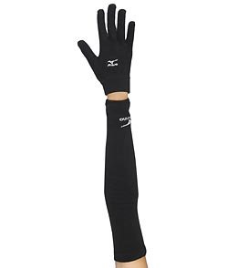 299aed50557c Mizuno Breath Thermo Running Arm Warmer Pack at SwimOutlet.com
