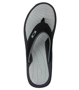 540f127bf600 Oakley Men s Dune Sandals at SwimOutlet.com