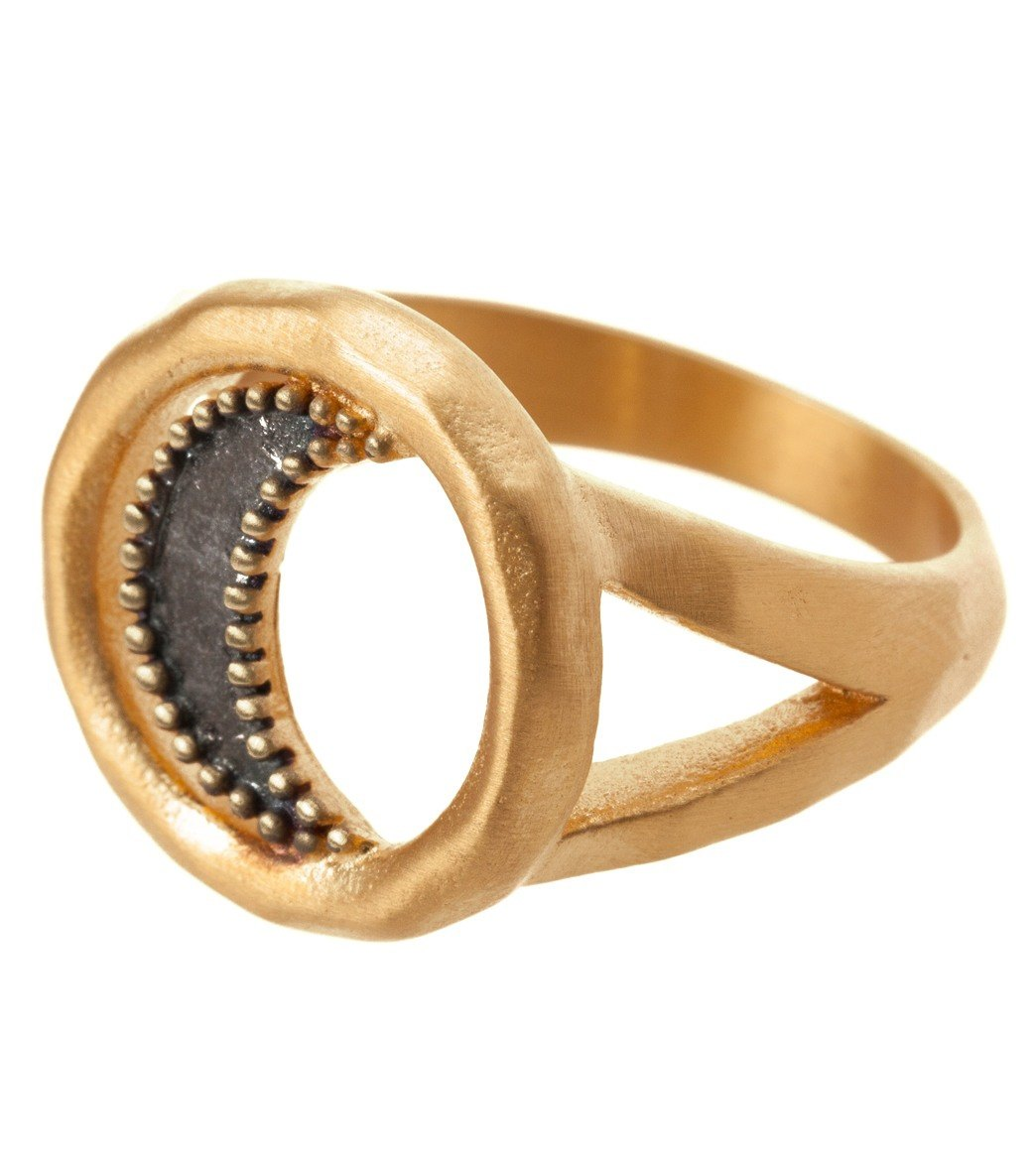Satya Jewelry Gold Cresent Moon Ring