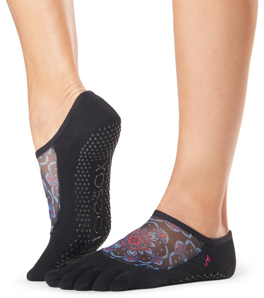 9d5fe1005f1e Toesox Luna Full-Toe Yoga Grip Socks at YogaOutlet.com