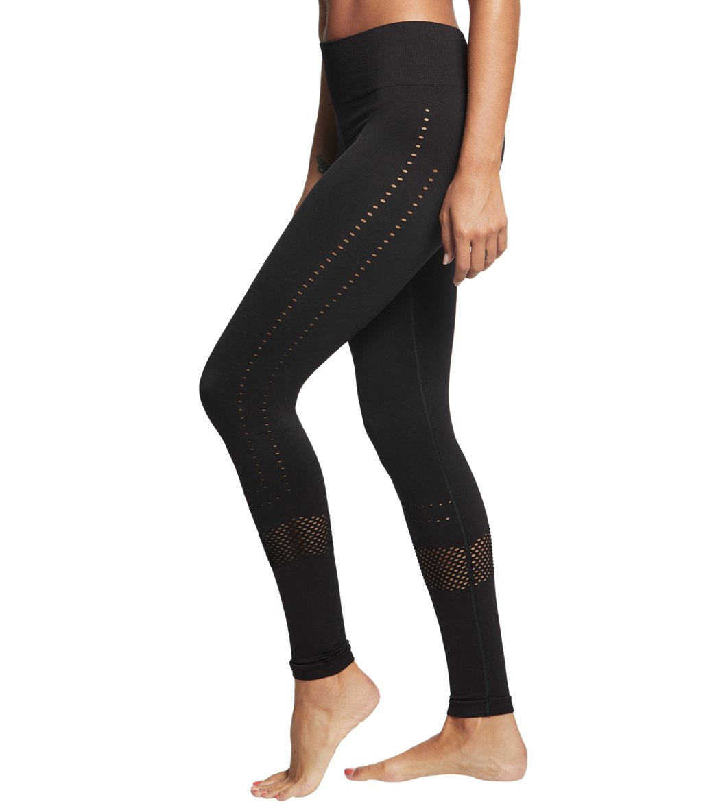 4be9bd02cc Varley The Justin 7/8 Yoga Leggings at YogaOutlet.com - Free Shipping