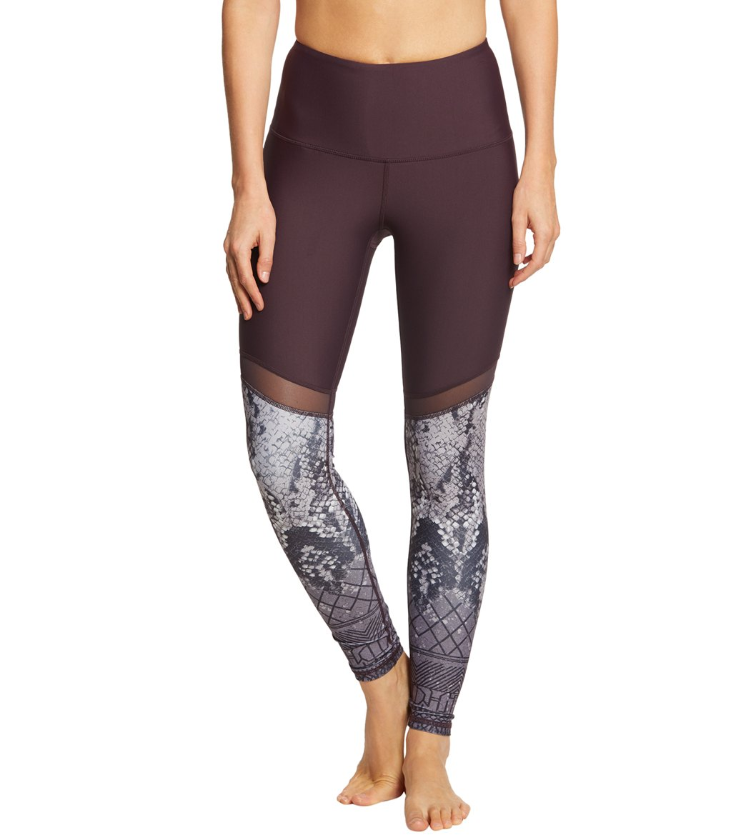 4e61236777876 Manduka Engineered High Line Yoga Leggings at YogaOutlet.com - Free Shipping