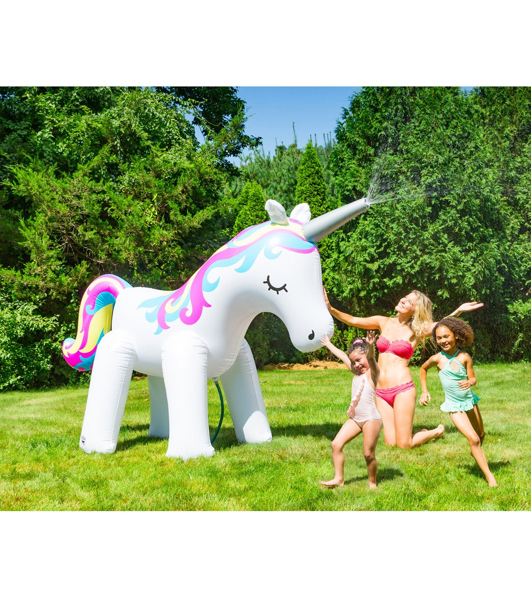 NEW SunnyLife INFLATABLE SPRINKLER UNICORN pool beach party game fun WATER WET