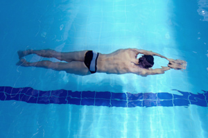 bfa67d04 How to Do a Breaststroke Pull-down