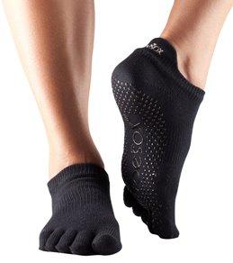 Toesox Low Rise Full-Toe Yoga Grip Socks