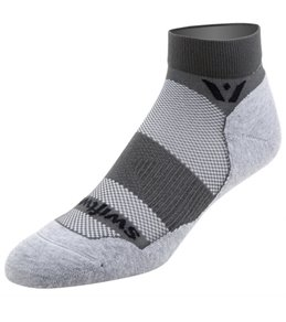 Swiftwick Maxus 1 in Cuff Socks