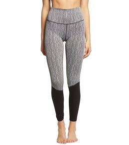 00264b66bb1d09 Manduka Yoga Clothes at YogaOutlet.com