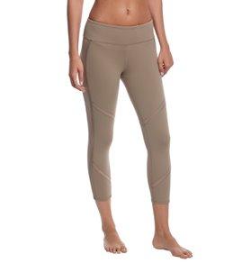 5f6250360a Alo Yoga Continuity Yoga Capris