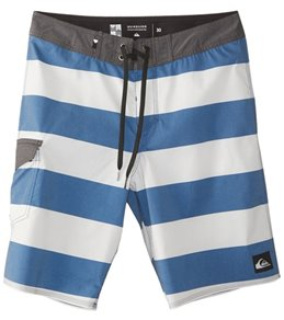 Quiksilver Men's Everyday Brigg Vee Boardshort