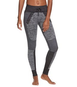 Blanc Noir Terrain Yoga Leggings