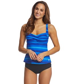 72ee38d95ab83 TYR Women s Tramonto Chlorine Resistant Twisted Tankini Top