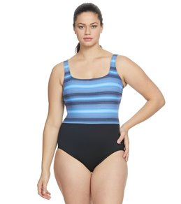 53a4d41f5c281 TYR Women s Byron Bay Scoop Neck Controlfit Chlorine Resistant One Piece  Swimsuit