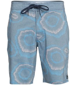 a5a2a8d46e RVCA Men's Whitehead Flicker 19 Board Short