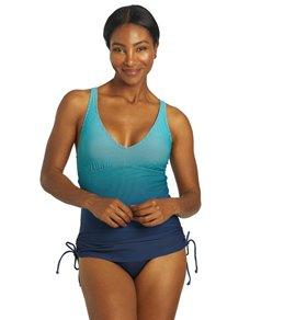 TYR Womens Fishnet V-Neck Sheath Chlorine Resistant One Piece Swimsuit