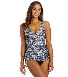 TYR Womens Lucid V-Neck Sheath Chlorine Resistant One Piece Swimsuit,Black