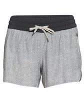 vuori-clementine-4-yoga-shorts