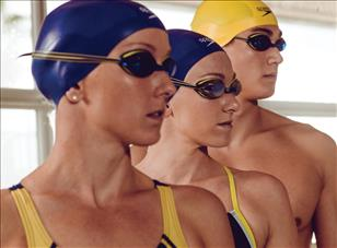 How to Choose The Best Swim Cap 0d20eef20380