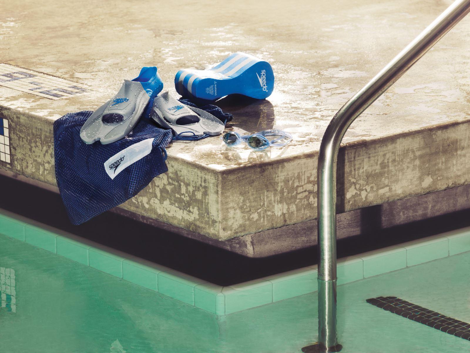 How to Put on Swim Fins