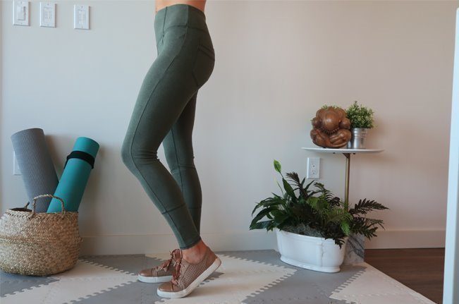 The Yogi Review Yoga Pants With Pockets Yogaoutlet Com