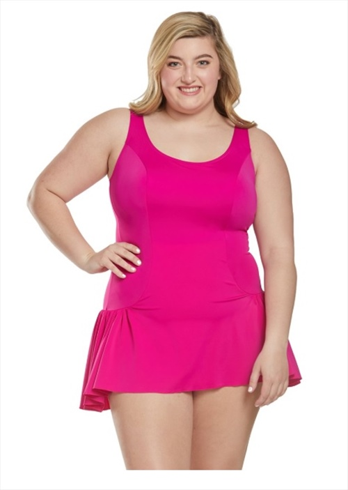 How to Choose Flattering Plus Size Swimwear