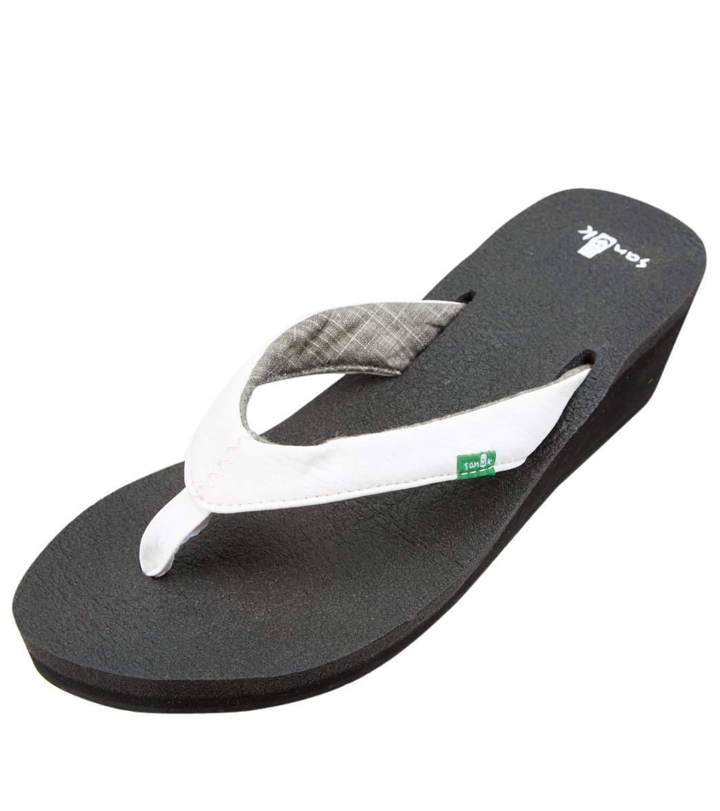 7ab21aad629f Sanuk Women s Yoga Mat Wedge Flip Flop at SwimOutlet.com