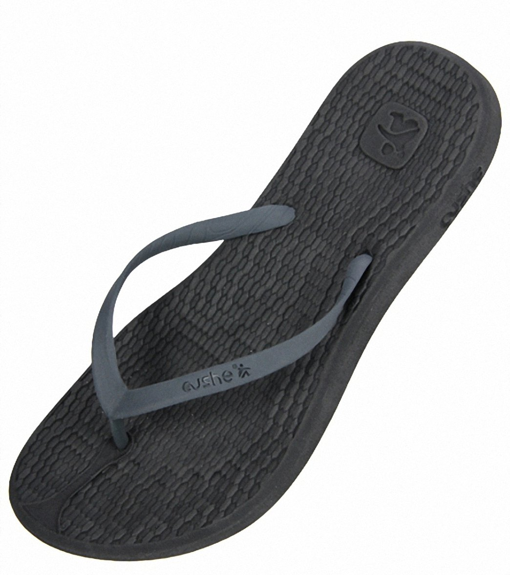 b9003593a8e6 Cushe Women s Manuka Feet Flip Flop at SwimOutlet.com