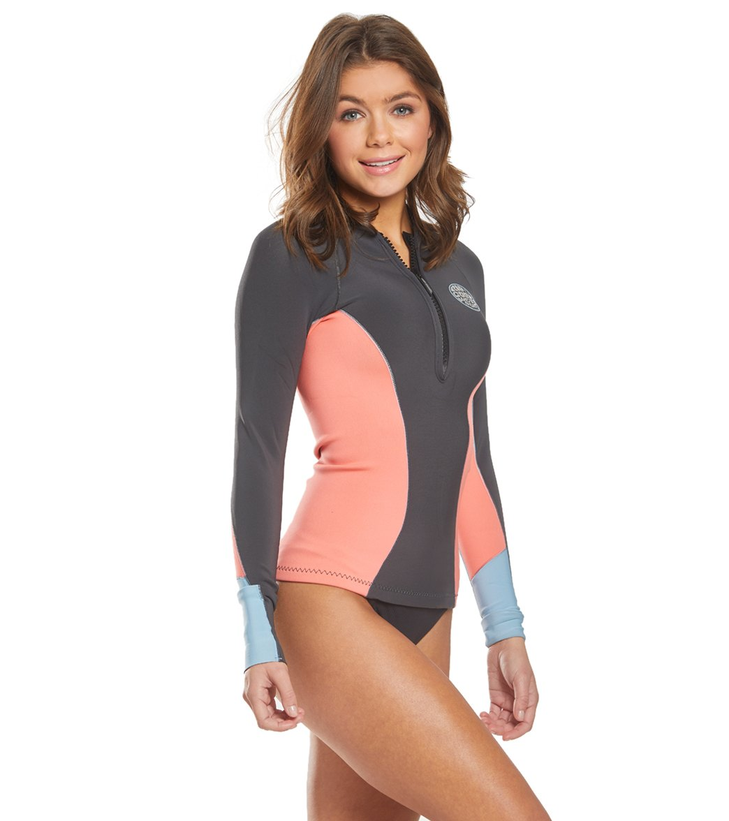 45849125f6ab1 Rip Curl Women s 1mm G-Bomb Long Sleeve Front Zip Wetsuit Jacket at  SwimOutlet.com - Free Shipping