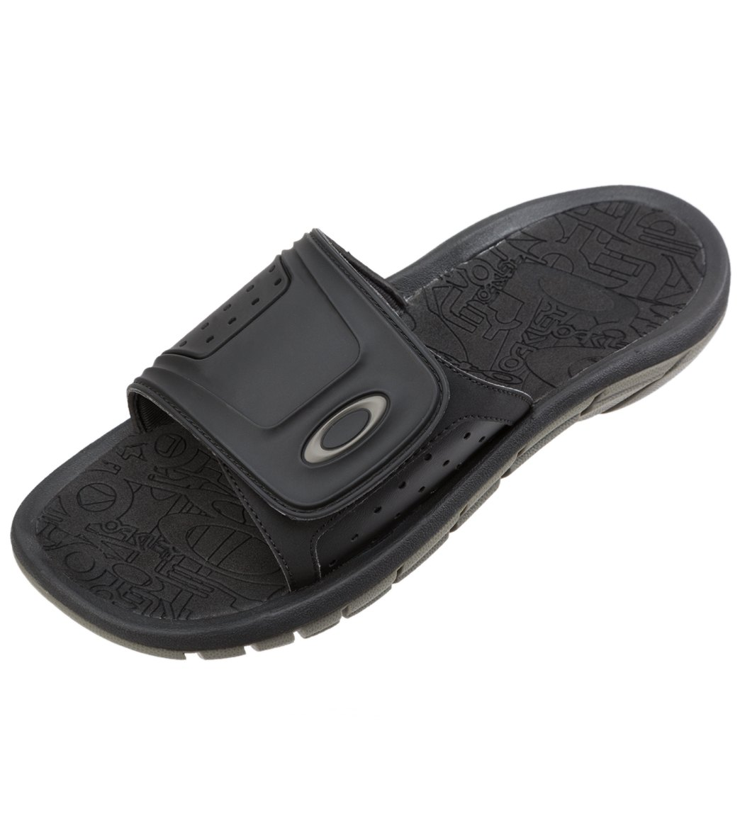 21bbd61d58c Oakley Men s Supercoil Slide Sandals at SwimOutlet.com - Free ...