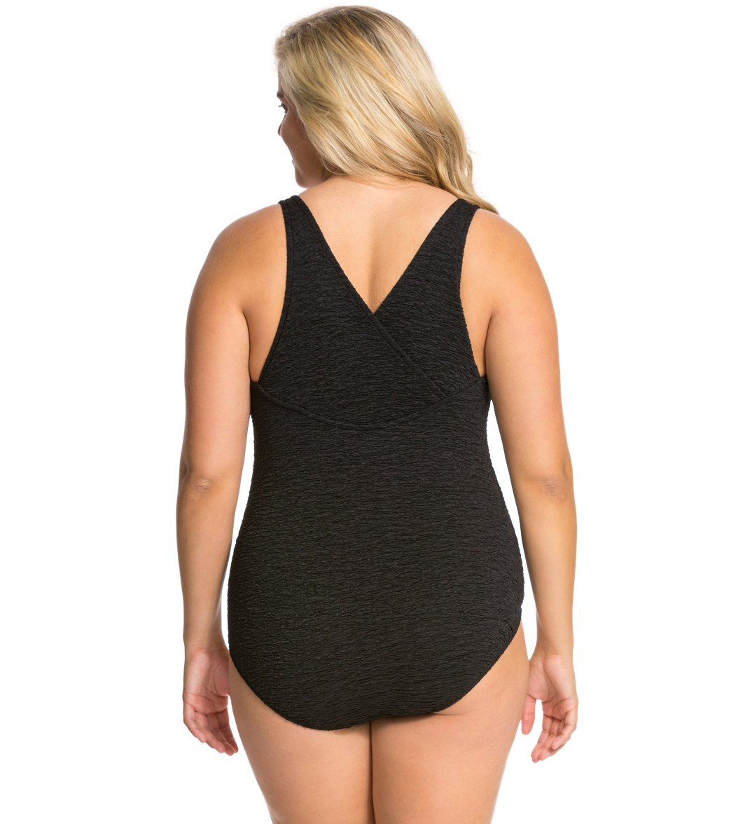 049c5f52ba4 Penbrooke Krinkle Plus Size Chlorine Resistant One Piece Cross Back Swimsuit