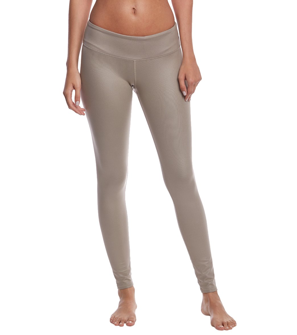 f5c6925e90635 Alo Yoga Airbrush Yoga Leggings at YogaOutlet.com - Free Shipping