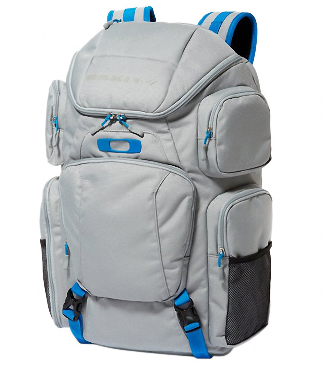 3fbaa57dfe Oakley Blade Wet Dry 40 Bag at SwimOutlet.com - Free Shipping