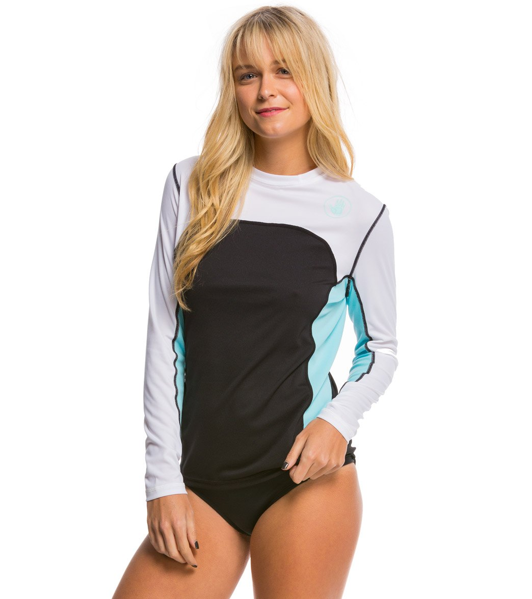 Body Glove Women s Performance Loose Fit Long Sleeve Surf Shirt at ... 70a454a63