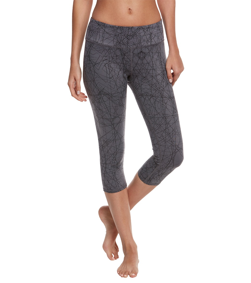 Alo Yoga Printed Airbrush Yoga Capris at YogaOutlet.com - Free ...