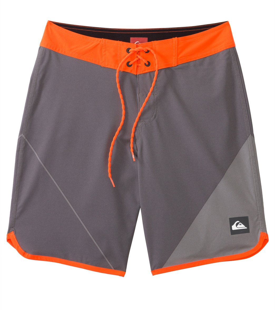 f311fa1d1a Quiksilver Men's AG47 New Wave Boardshort at SwimOutlet.com ...