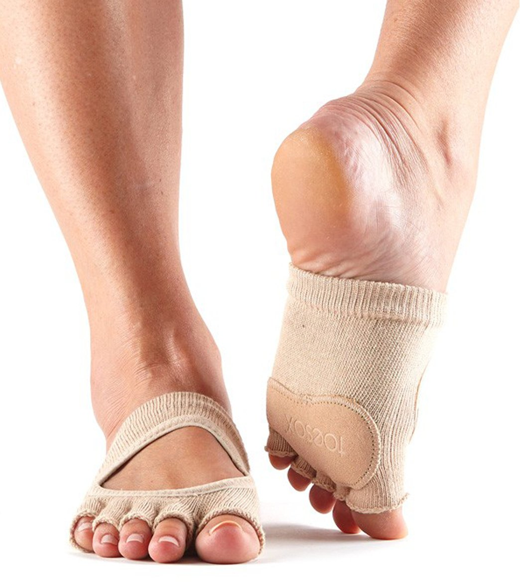 7cbe382f4805 Toesox Releve Half-Toe Yoga Grip Socks at YogaOutlet.com