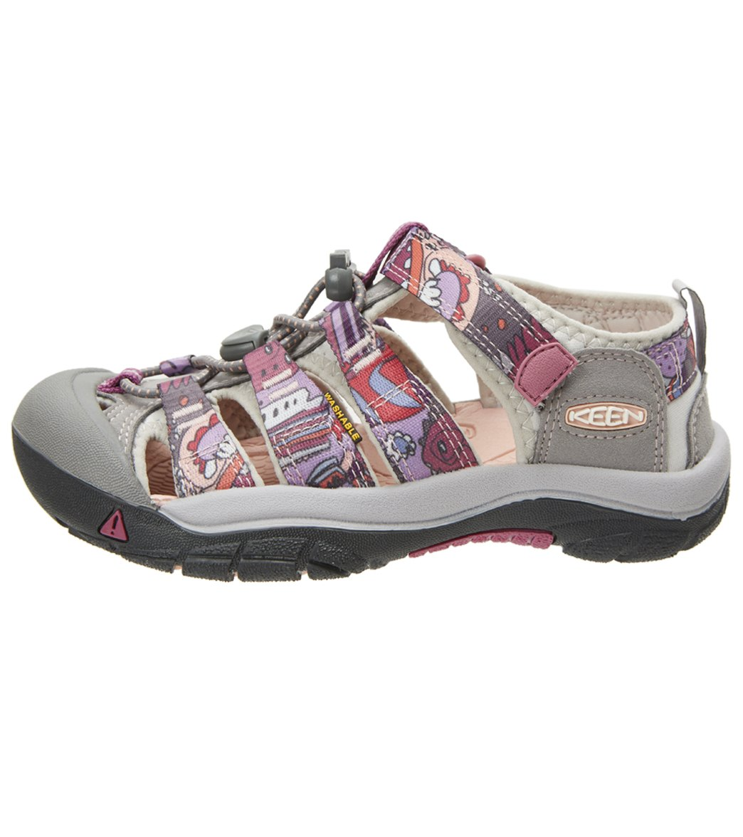 a1399a9f2074 Keen Youth s Newport H2 Water Shoes at SwimOutlet.com - Free Shipping