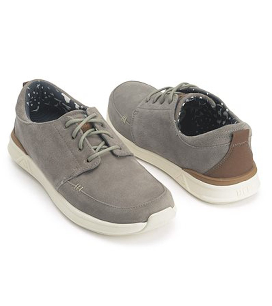 1d7852332c2 Reef Men s Reef Rover Low Premium at SwimOutlet.com - Free Shipping