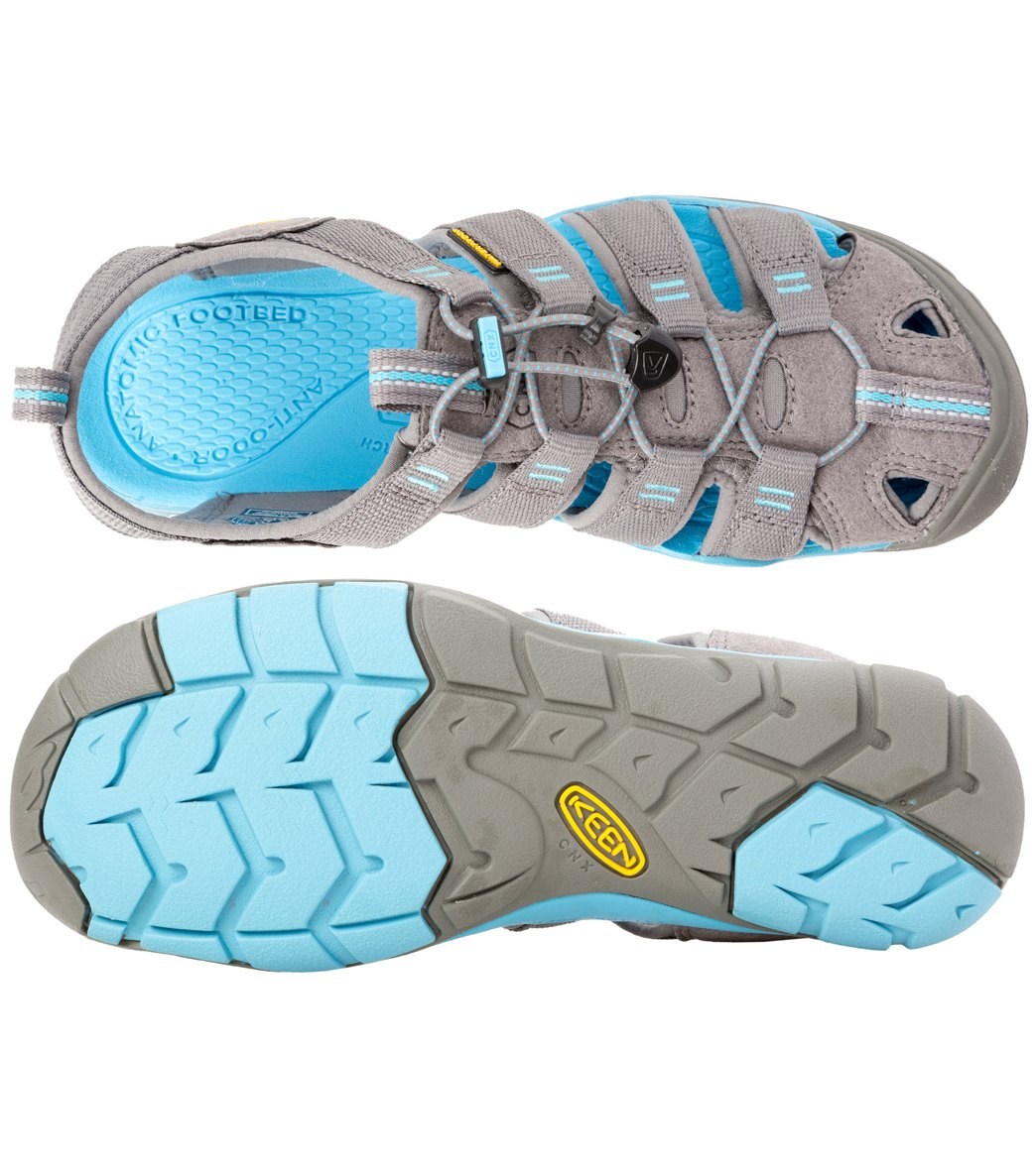 23041f54f489 Keen Women s Clearwater CNX Water Shoes at SwimOutlet.com - Free ...