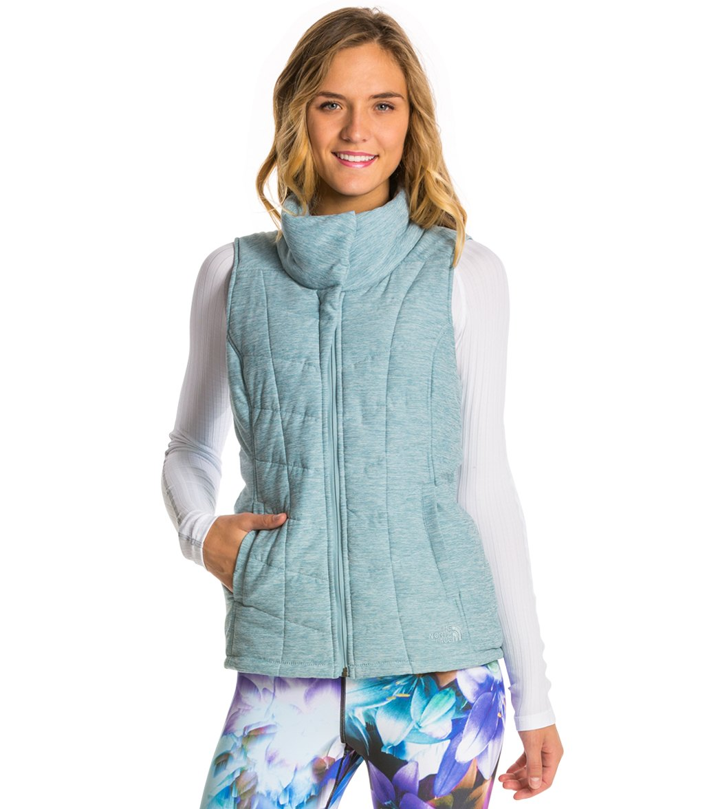 77ee9fb3e4c7 The North Face Women s Pseudio Vest at SwimOutlet.com - Free Shipping