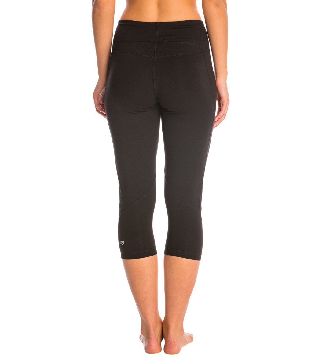 9bf461d144b Marika Carrie Ultimate Slimming Cotton Yoga Capris at YogaOutlet.com ...