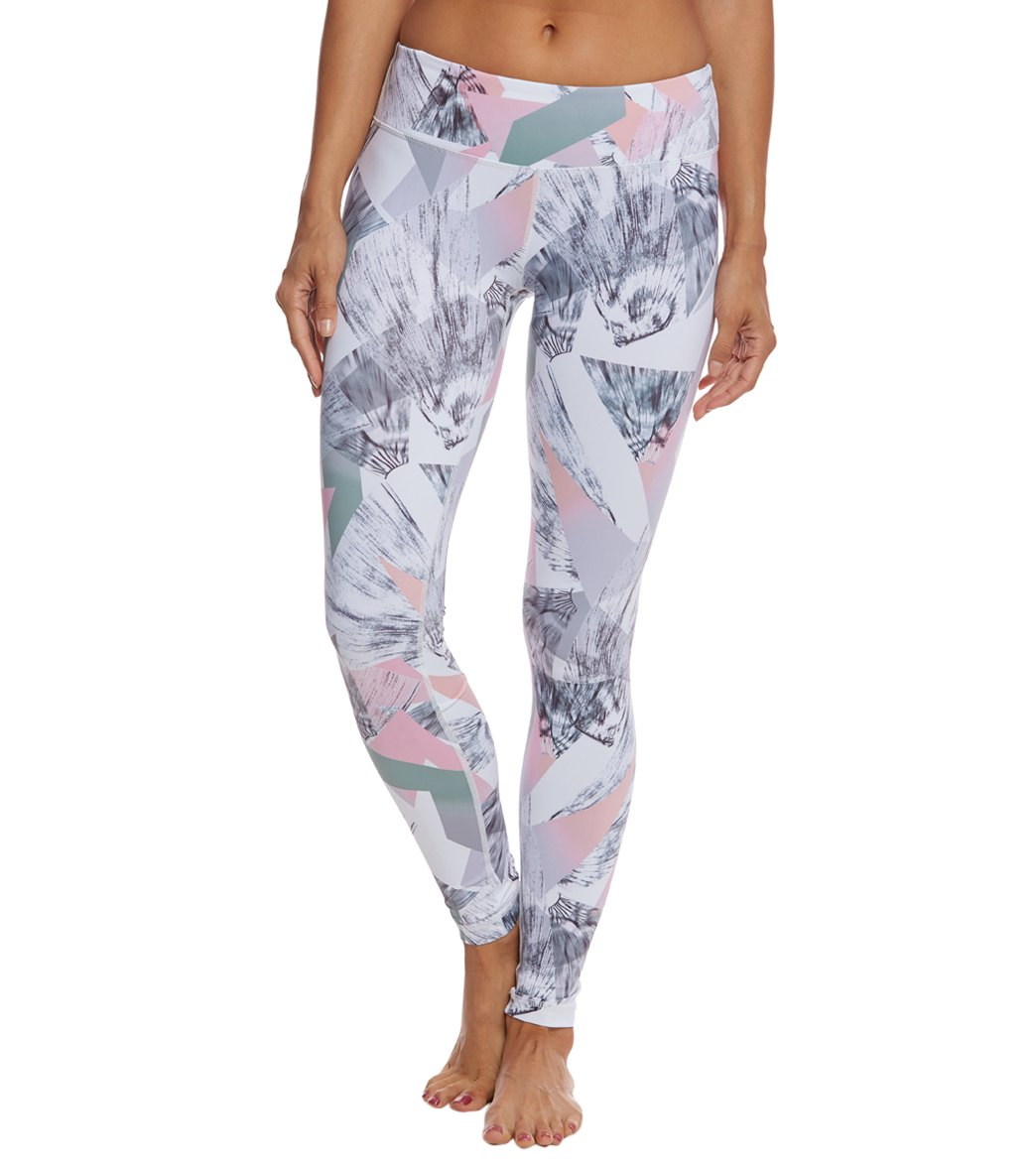 2554a2d831b056 Vimmia Printed Core Yoga Leggings at SwimOutlet.com - Free Shipping