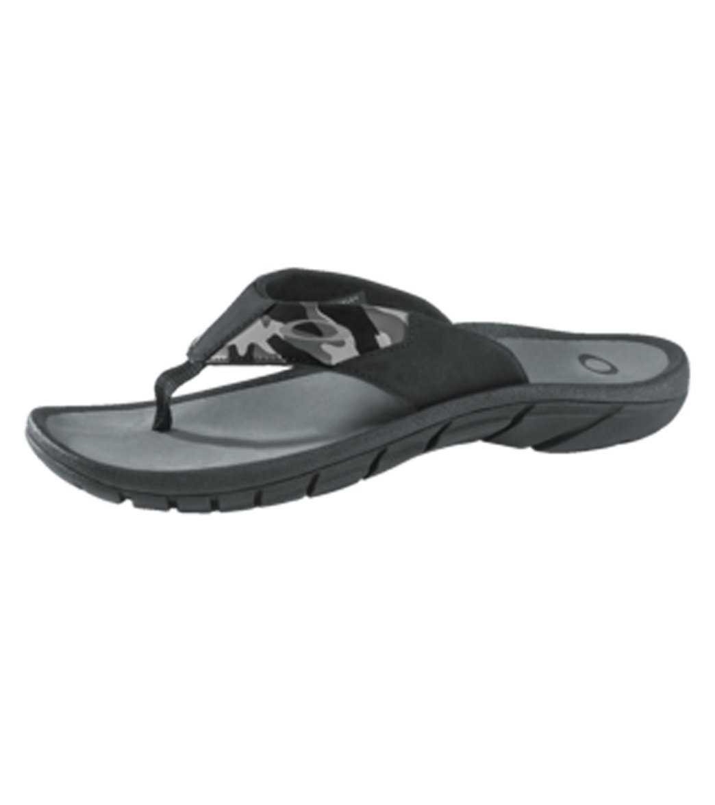 6438bd44dd Oakley Men s Supercoil 15 P2 Flip-Flop at SwimOutlet.com - Free Shipping