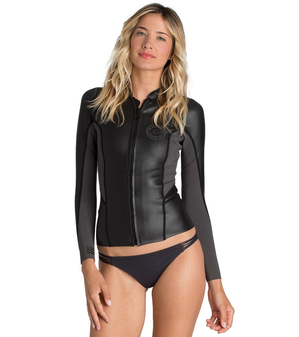 Billabong Women s 1mm Solid Surf Capsule Peeky Front Zip Wetsuit Jacket at  SwimOutlet.com - Free Shipping 090c59d7a