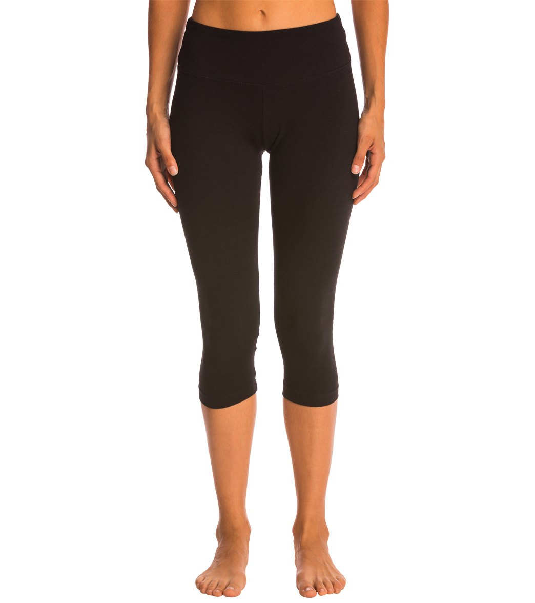 645f957d9a0 Marika Carrie Butt Booster Cotton Yoga Capris at YogaOutlet.com ...