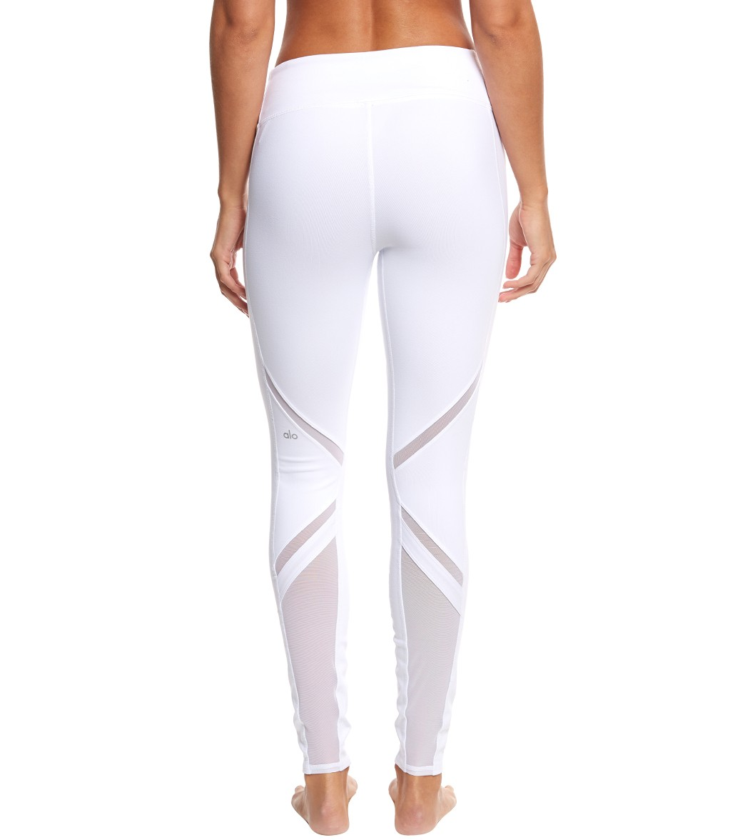 3cb8d991e23a5 Alo Yoga Epic Yoga Leggings at YogaOutlet.com - Free Shipping