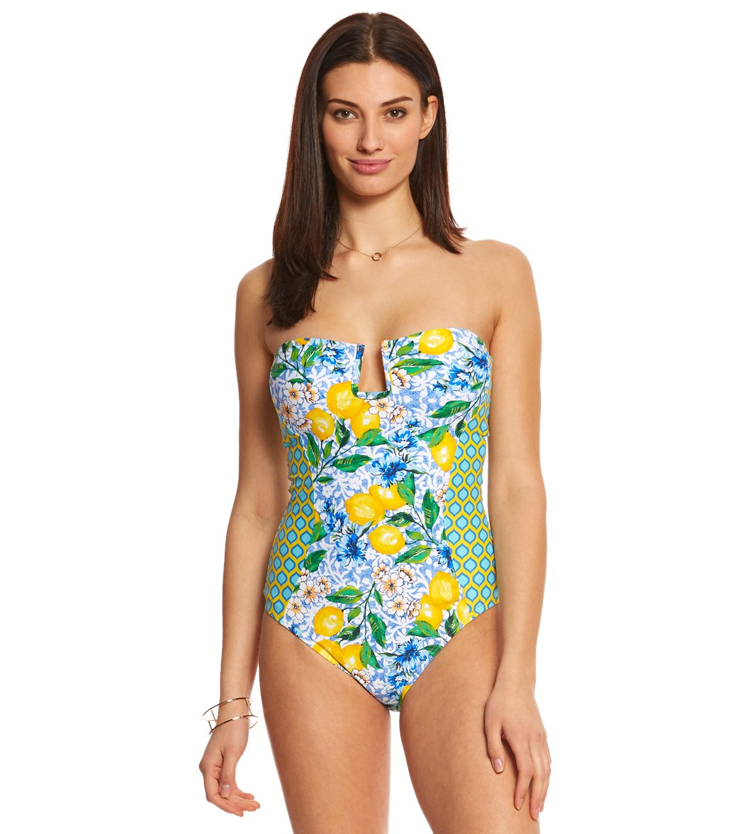 2153cb8e5015 ... La Blanca Limoncello Bandeau One Piece Swimsuit. Play Video. MODEL  MEASUREMENTS