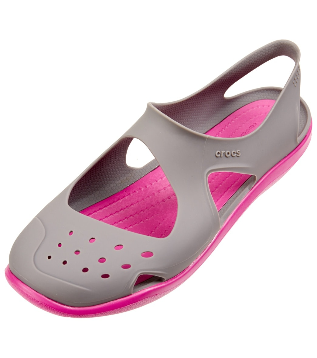 dfb304479638 Crocs Women s Swiftwater Wave at SwimOutlet.com