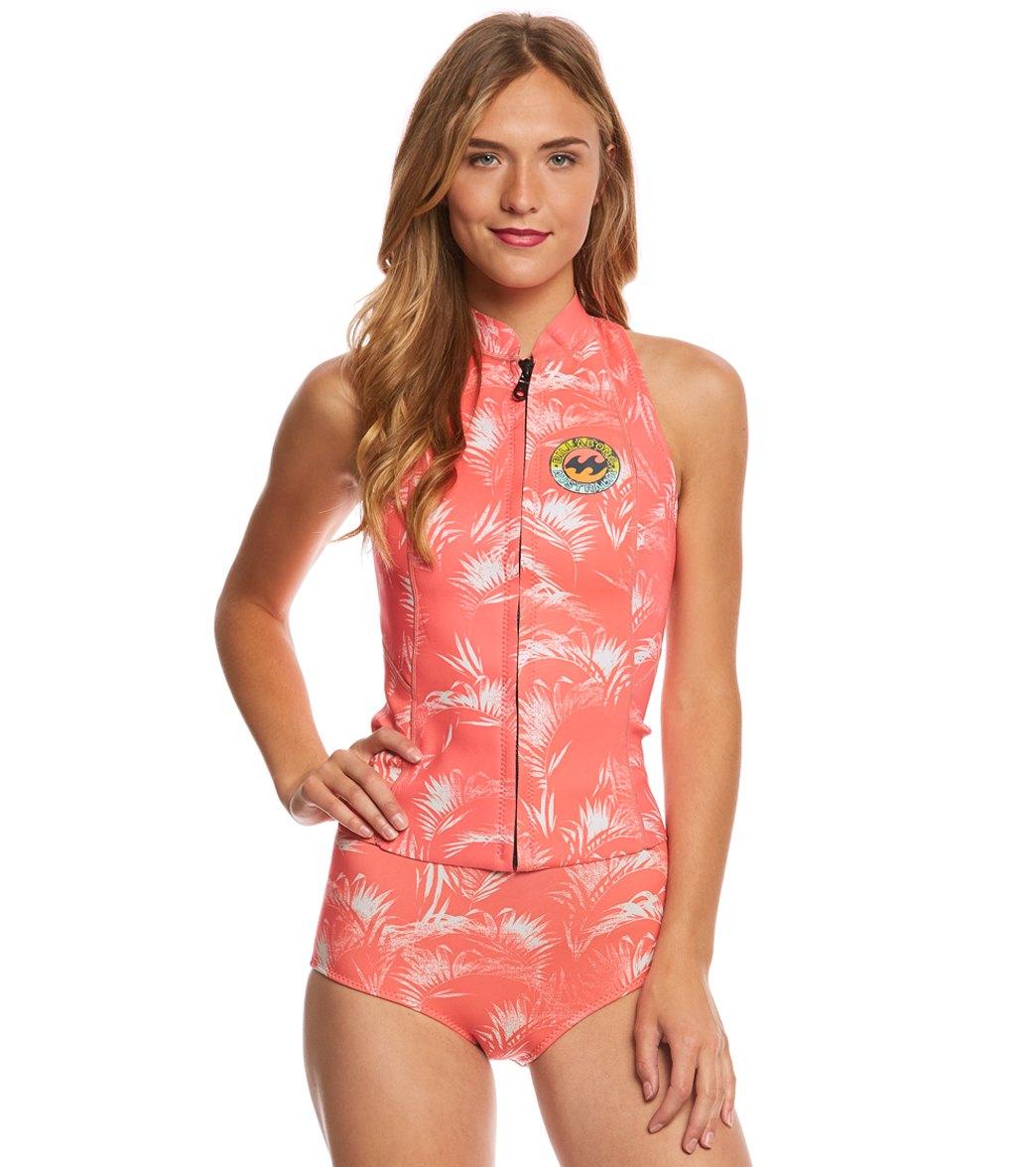 ... Billabong Women s 1mm Palm Print Surf Capsule Salty Dayz Front Zip  Wetsuit Vest Play Video. MODEL MEASUREMENTS 5c49fa760