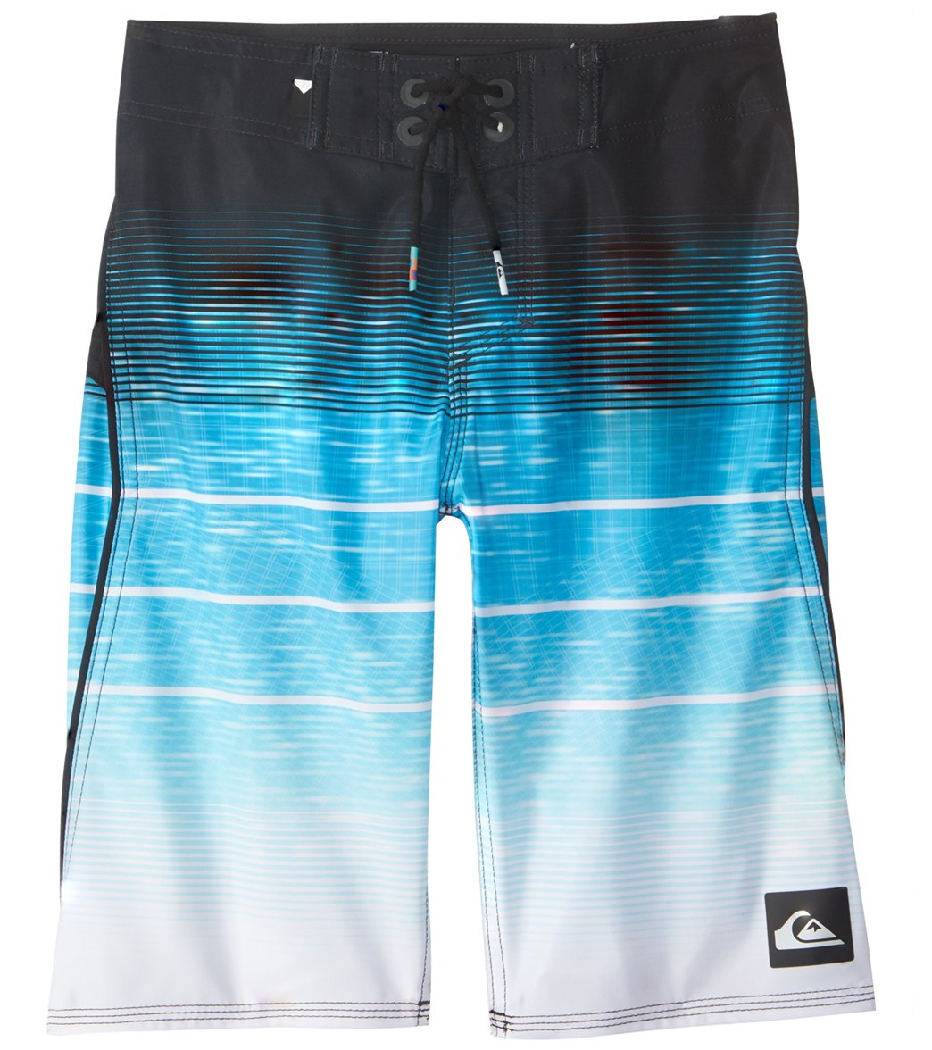 a87574e2b4 Quiksilver Boy's Slab Momentum Vee 19'' Boardshort (8-20) at SwimOutlet.com  - Free Shipping