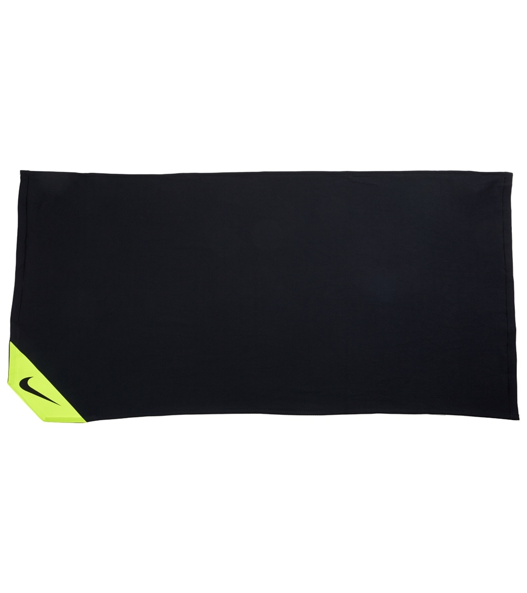 Nike Training Cool Towel: Nike Cooling Small Towel At SwimOutlet.com